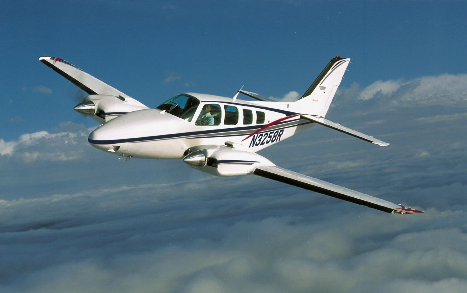 Mykonos Concierge Private Jets & Helicopters Rentals - Beech Baron 58 4 Pax, 2 Pilots